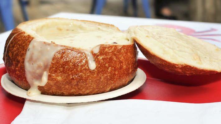 8 easy soup recipes clam chowder in bread bowl