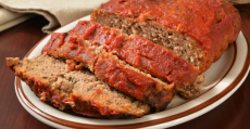 6 easy crockpot meals meatloaf