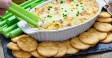 old bay baked crab dip